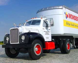 XF   WONDER BREAD   Mack B61 Semi   First Gear   Continental Bakery St