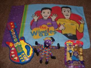 The Wiggles Musical Big Red Car Pillow Case Henry Wags Figure Guitar