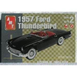 1957 FORD THUNDERBIRD Convertible AMT 125 Scale Model Kit